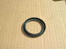 60-3512, Oil seal, Triumph high gear.
